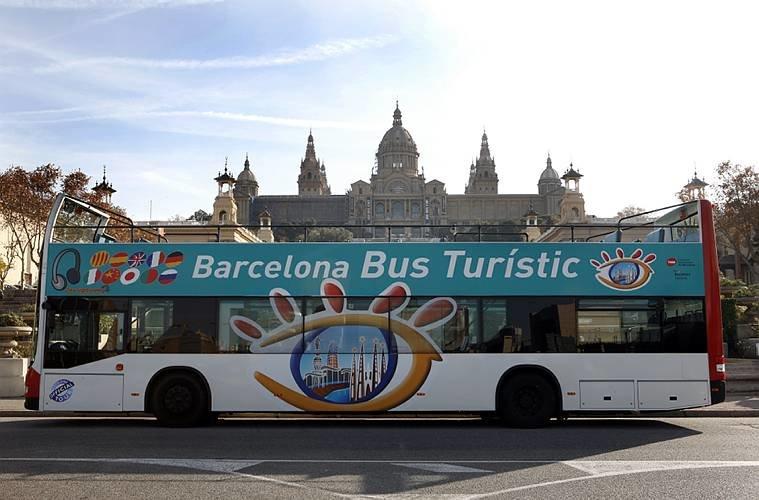 viajar a barcelona bus tur stico en barcelona