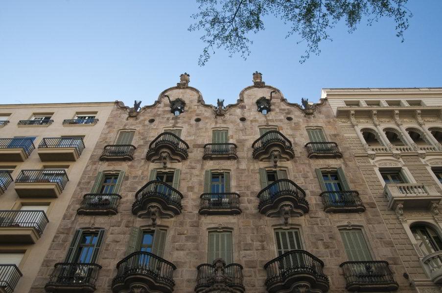 Viajar a barcelona ruta modernista por barcelona - Casa modernista barcelona ...