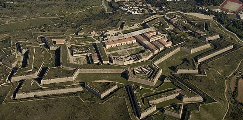 Castillo Sant Ferran © Fundació Privada Les Fortaleses Catalanes