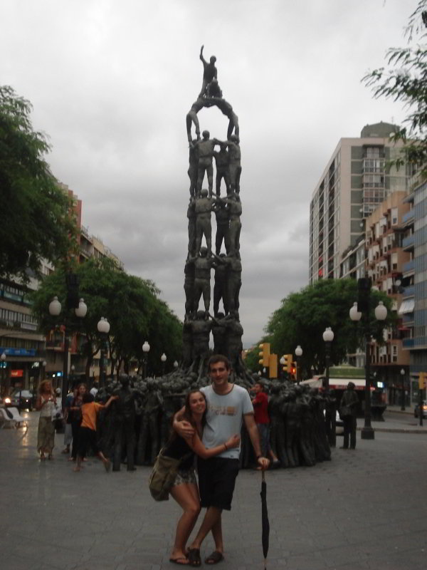 "Monumento a los ""Castellers"""