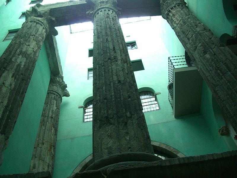 Templo Romano de Augusto